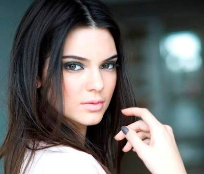 KENDALL JENNER, NOW THE WORLD'S HIGHEST PAID MODEL